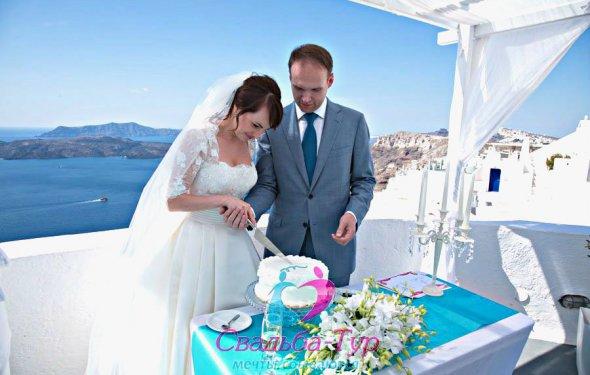 Свадьба на Санторини, Евгений