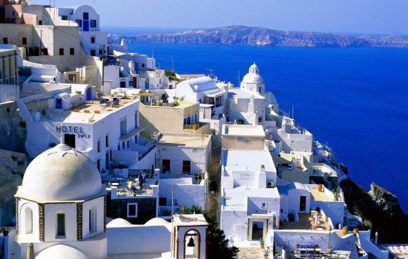 За период 2015 года Грецию